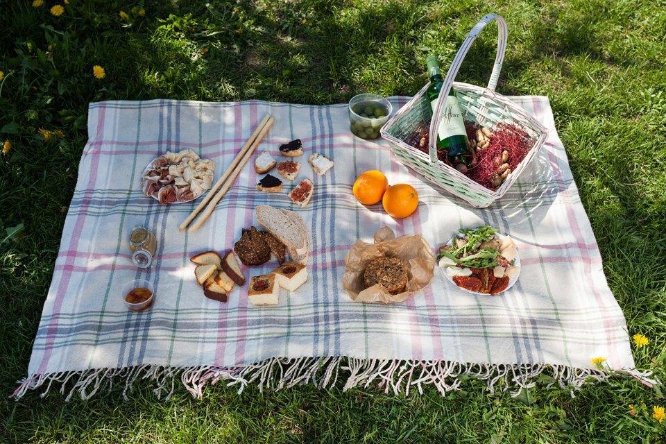 6 корзин для пикника впетербургских ресторанах. Изображение № 5.