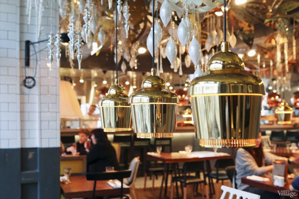 Фоторепортаж: Новогодние интерьеры ресторанов и кафе . Изображение № 12.