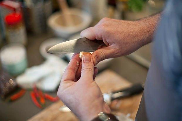 Шеф дома: Том ям и сашими из тунца Геннадия Иозефавичуса. Изображение № 32.