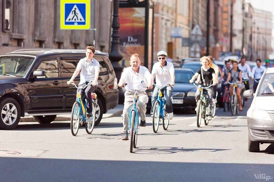 Где наши мигалки: Как петербургские депутаты пересели на велосипеды. Изображение № 13.