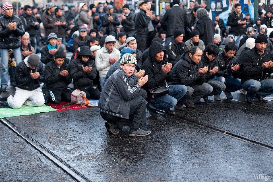 Люди в городе: Как отмечали Курбан-байрам в Москве и Петербурге. Изображение № 37.