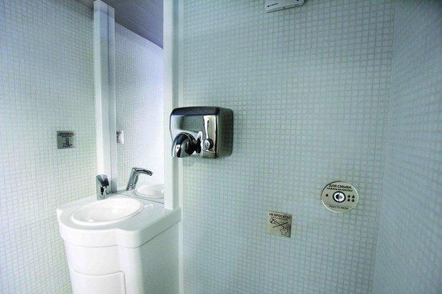 Общественный туалет повышенной комфортности наДумской. Изображение № 3.
