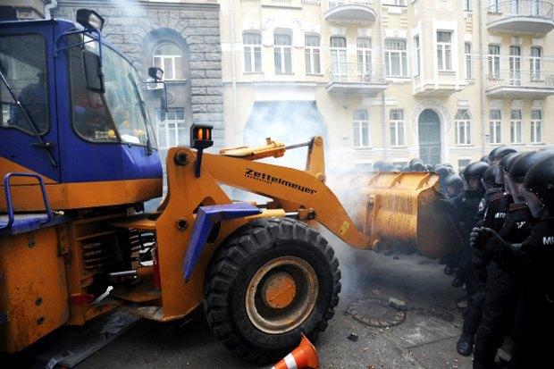 Курс — евро: Как уличные протесты изменили Киев. Изображение № 5.