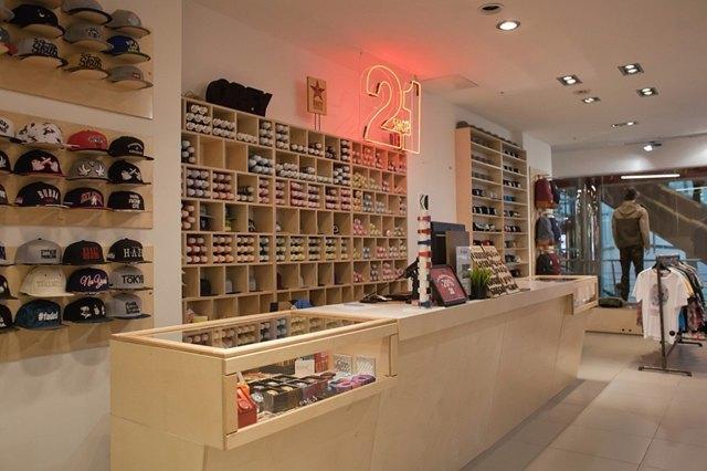 В «Галерее» откроется второй магазин сети 21shop. Изображение № 1.