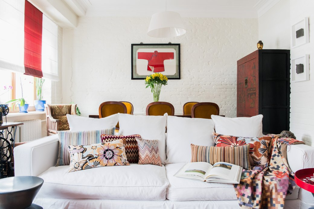 Квартира в Хамовниках с лепниной и ковром ручной работы . Изображение № 2.