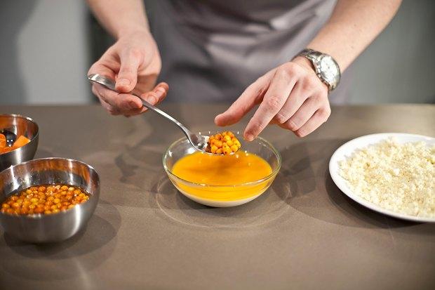 Шеф дома: Ягненок, хумус иоблепиховый десерт шефа «Стрелки». Изображение № 135.