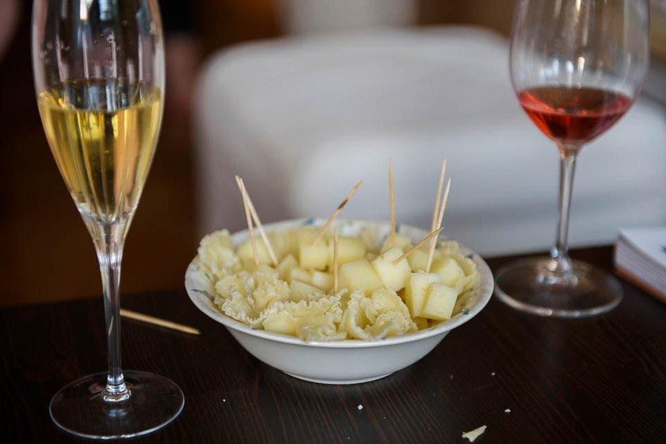 Кто изачем устраивает домашние званые ужины иобеды вМоскве. Изображение № 6.