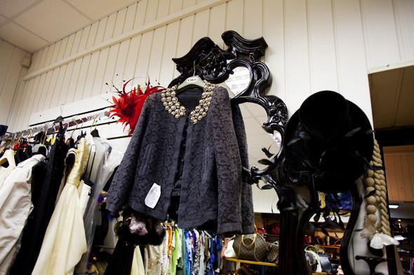 Гид по секонд-хендам и винтажным магазинам: 11 мест в Москве. Изображение № 135.