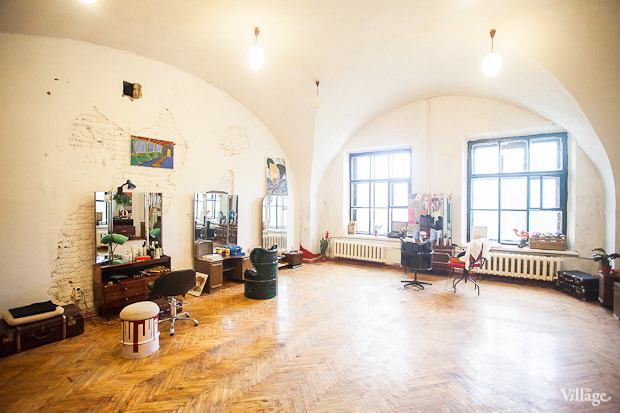 Можно покороче: 5необычных парикмахерских в Петербурге. Изображение № 20.