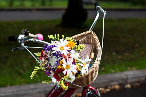 Люди в городе: Участницы парада «Леди на велосипеде». Изображение № 1.
