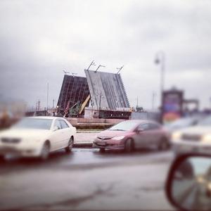 Дворцовый мост впервые развели на все выходные. Изображение № 12.