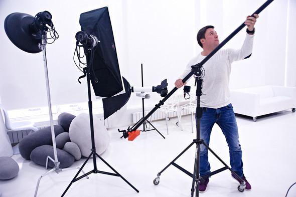 Два в одном: Быть рекламным фотографом и совладельцем бренда домашней обуви «Валешки». Изображение № 6.