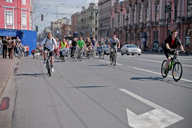 Фоторепортаж: Велопробег «За велогород». Изображение № 8.