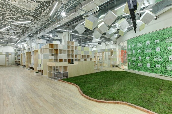 В ТРК «Монпансье» открывается галерея содеждой российских дизайнеров . Изображение № 2.
