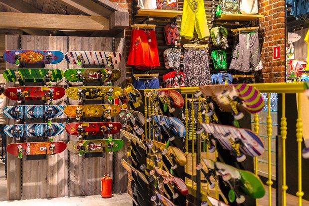 В Петербурге открылся магазин товаров для экстремального спорта Boardriders. Изображение № 7.