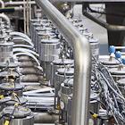 Фоторепортаж: Как делают йогурты на молочном заводе. Изображение № 12.