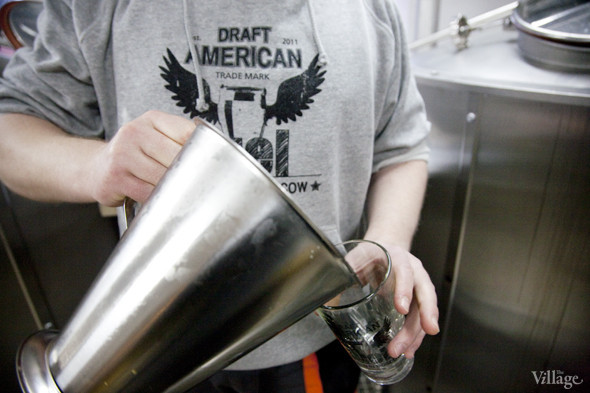 Репортаж: Как варят пиво в частной московской пивоварне. Изображение № 19.