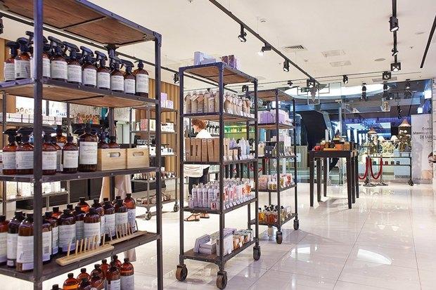 В «Галерее Москва» открылась «Аптека Cosmotheca». Изображение № 6.