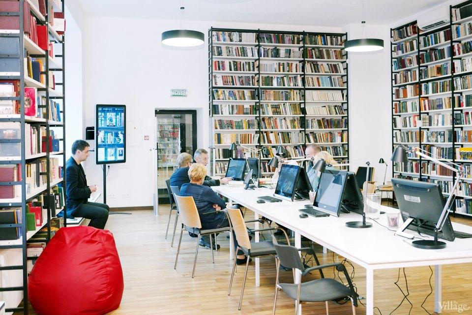 Фото дня: Как выглядит современная библиотека. Изображение № 24.