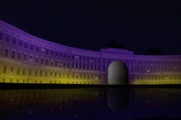 На ночь глядя: 12 проектов подсветки Главного штаба. Изображение № 50.