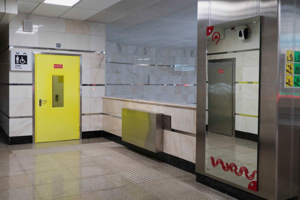 Зонтпэкер изарядка для гаджетов—как устроена станция метро «Котельники». Изображение № 28.