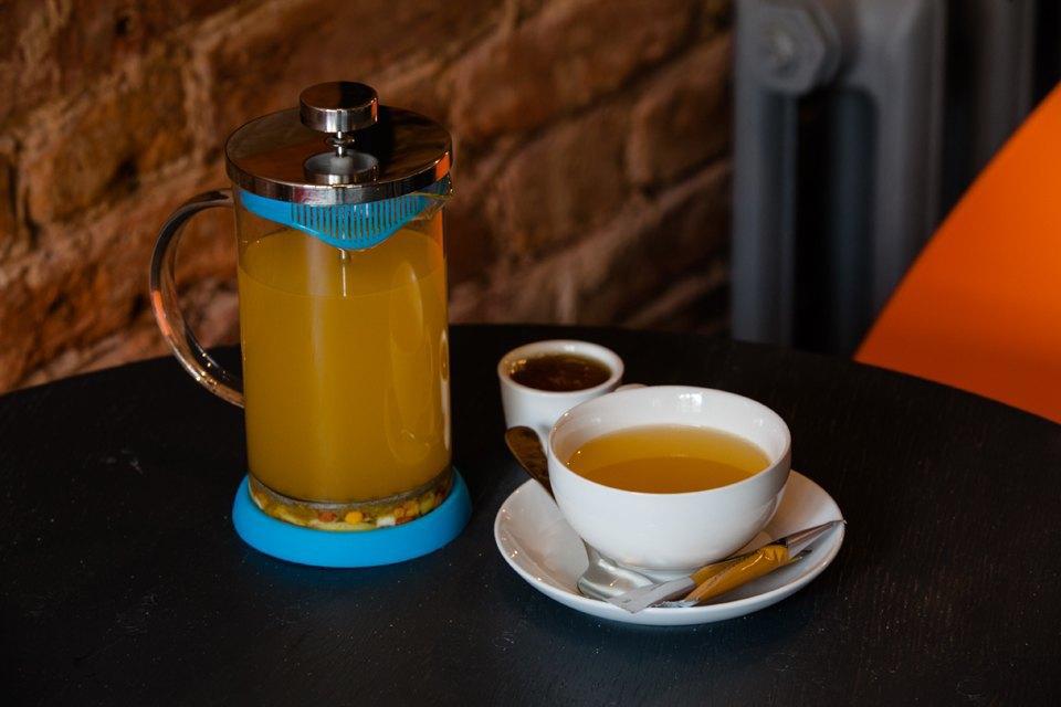 Горячий напиток «Облепиха с лимоном и медом» — 320 рублей . Изображение № 16.