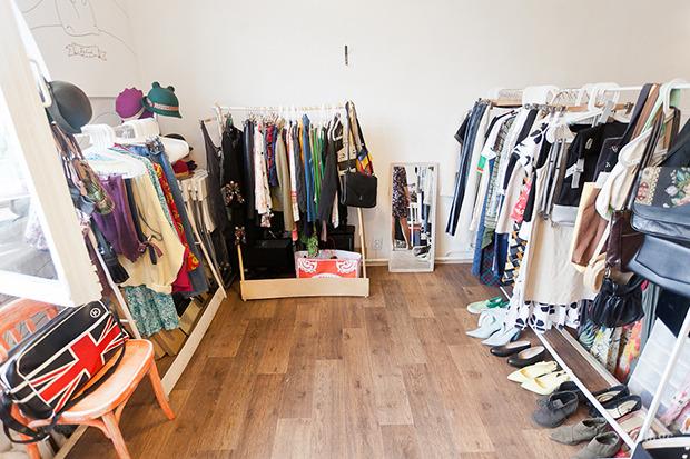 Гид по секонд-хендам и винтажным магазинам: 11 мест в Петербурге. Изображение № 45.