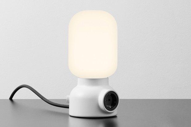Лампа Plug, дизайн-бюро Form Us With Love, Atelje Lyktan, 12 300 р. . Изображение № 1.