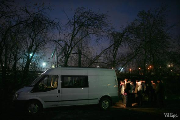 Ночной рейс: Волонтёры и бездомные автобуса «Ночлежка». Изображение № 17.