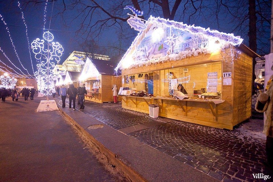 Люди в городе: Продавцы рождественской ярмарки на Островского. Изображение № 17.