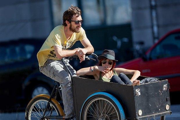 Автор Cycle Chic— одевушках, детях иполитиках навелосипедах. Изображение № 13.