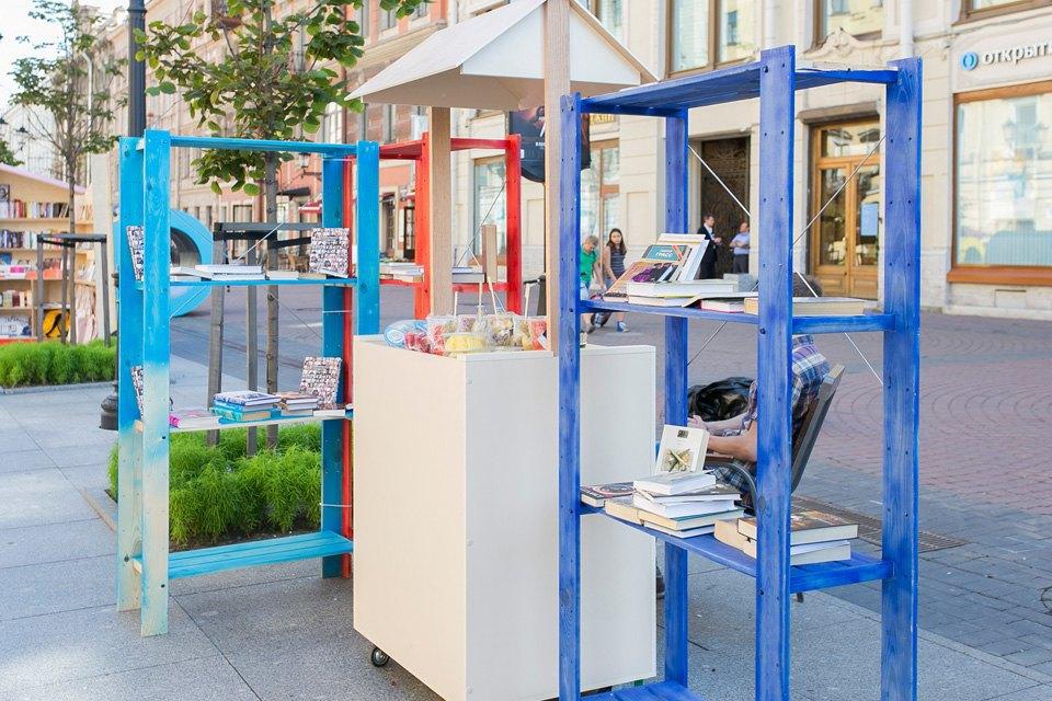 Как выглядит книжный квартал на Малой Конюшенной. Изображение № 7.