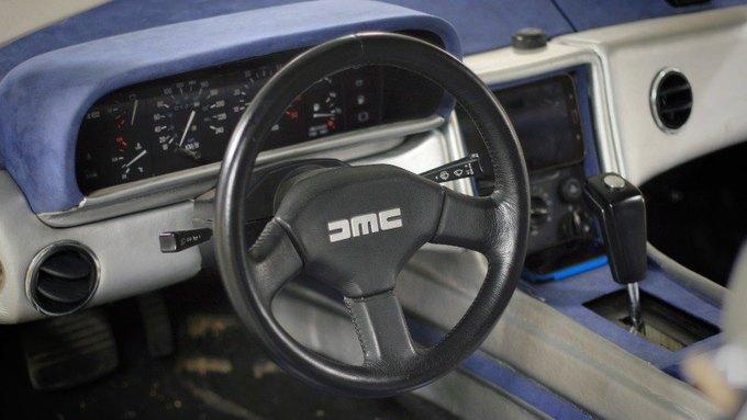 Машина времени из фильма «Назад в будущее» на сайте Auto.ru. Изображение № 3.