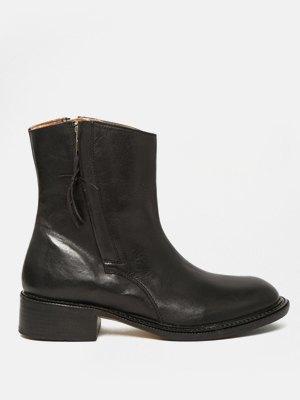 33 пары женской обуви на зиму. Изображение № 32.