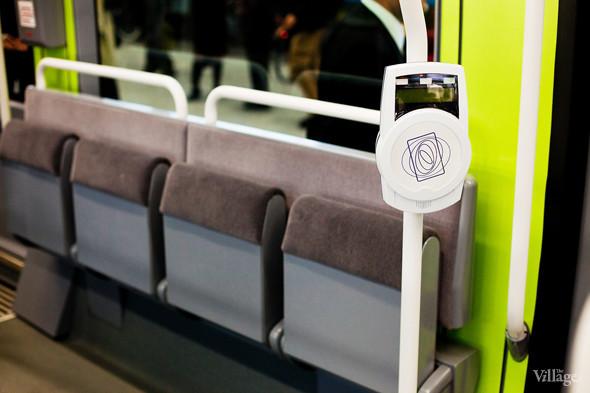 В Петербурге представили новые вагоны метро и низкопольный трамвай. Изображение № 30.