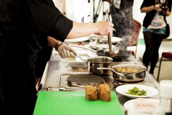 Omnivore Food Festival: Андрей Рывкин готовит карри из петуха на монастырском квасе. Изображение № 3.