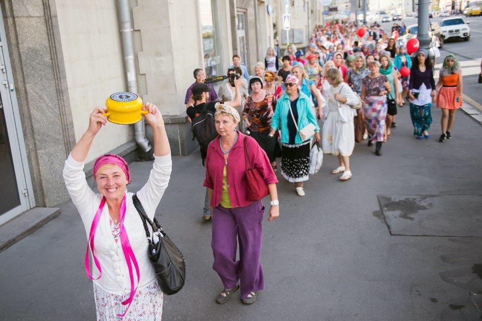 Шествие бабушек наТверской. Изображение № 11.