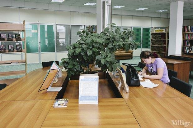 Люди в городе: Кто берёт книги в библиотеках. Изображение № 6.