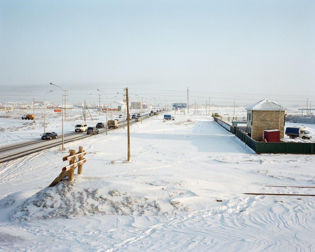 Фотограф Максим Шер — отом, изчего состоит постсоветский город. Изображение № 35.