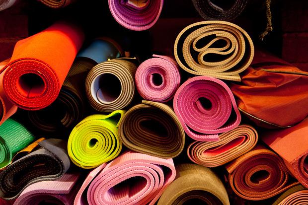 Смешной формат: Кафе при магазинах, студиях йоги исалонах красоты. Изображение № 20.