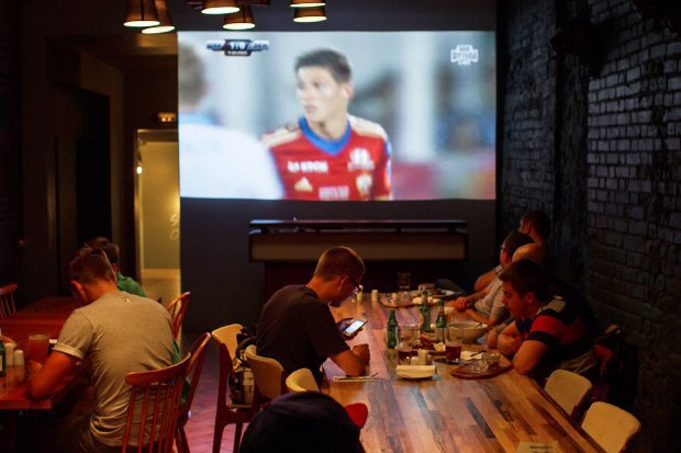 Фан-зоны: 5 новых спорт-баров в Москве. Изображение № 2.
