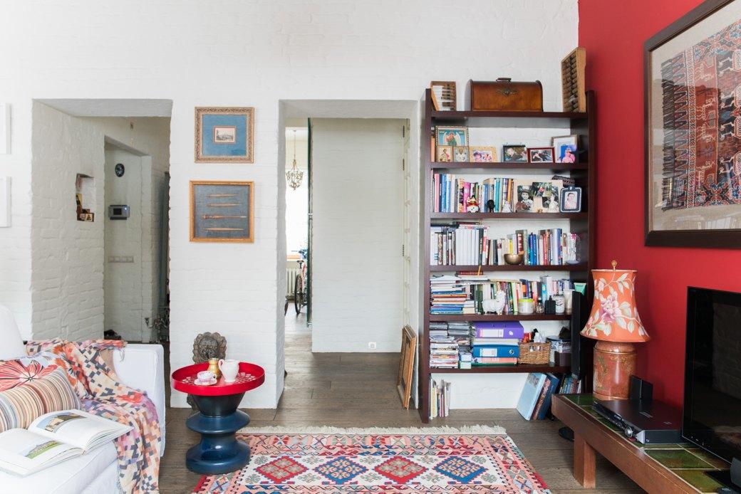 Квартира в Хамовниках с лепниной и ковром ручной работы . Изображение № 3.