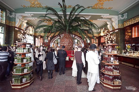 Фоторепортаж: Открытие отреставрированного «Елисеевского магазина». Изображение № 24.