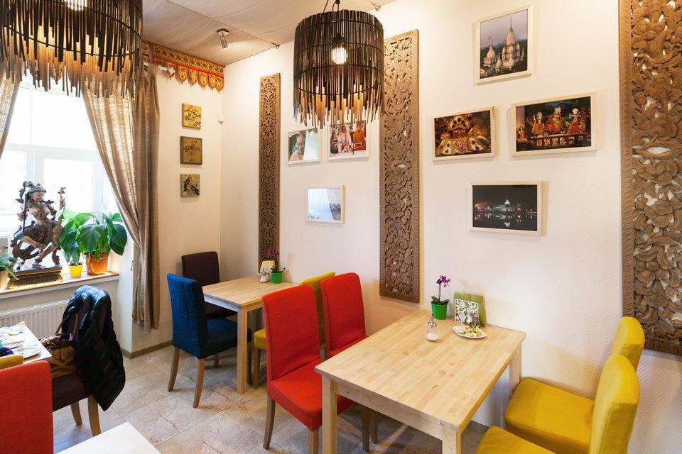 Магазин вегетарианских товаров и кафе «Джаганнат» на Фонтанке. Изображение № 9.