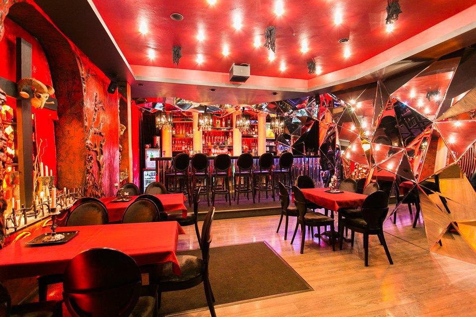 Хоррор-ресторан Bat & Blood. Изображение № 15.
