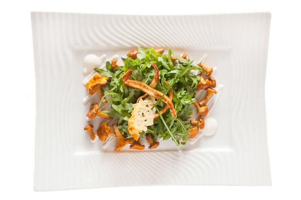 Сезонное меню: Блюда с лисичками в ресторанах Петербурга. Изображение № 22.