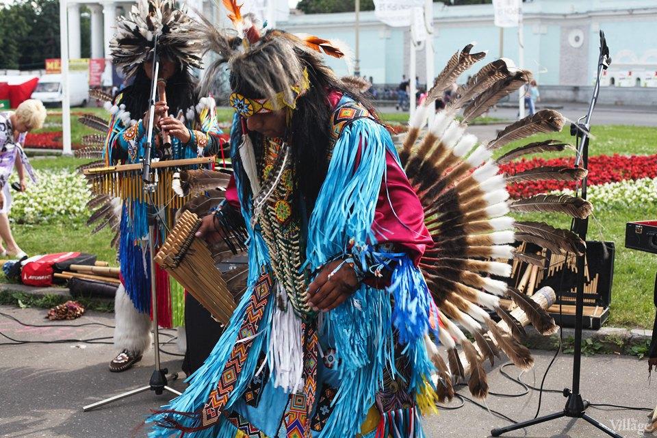 Гости столицы: Как вМоскве оказались индейские музыканты. Изображение № 6.