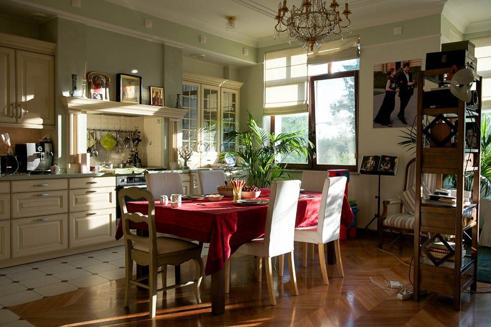 Кто изачем устраивает домашние званые ужины иобеды вМоскве. Изображение № 11.
