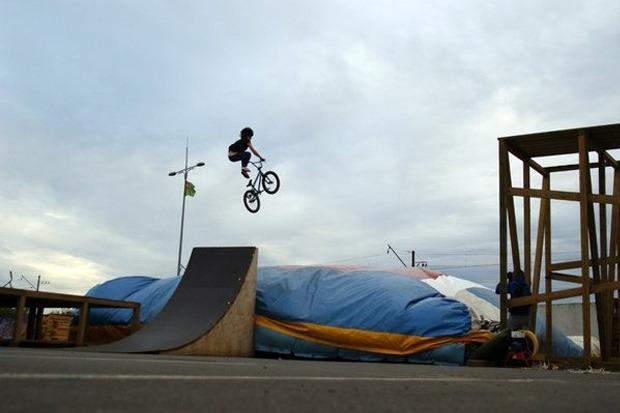 На Пулковском шоссе открылся один из крупнейших скейтпарков в России. Изображение № 4.