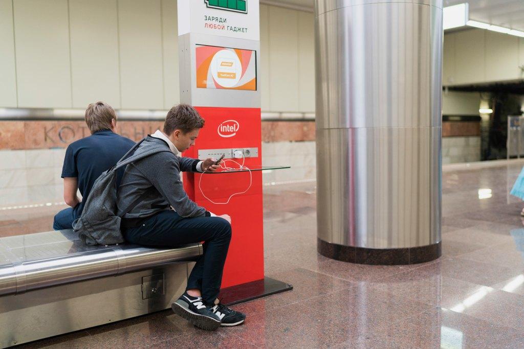 Зонтпэкер изарядка для гаджетов—как устроена станция метро «Котельники». Изображение № 15.